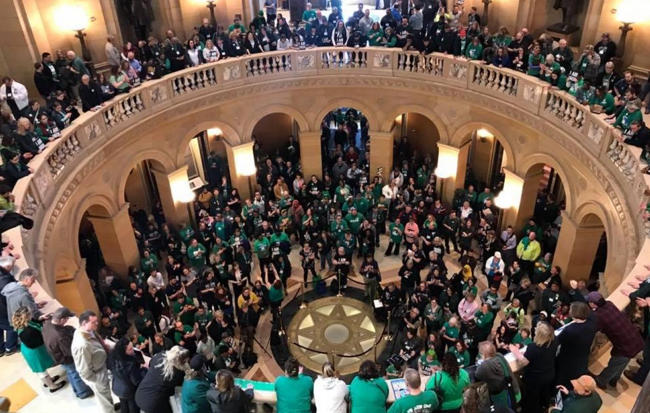 AFSCME and MAPE members pack the Capitol Rotunda at Day on the Hill 2019 (photo by Dreadless Stubbs)